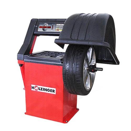 Radwuchtmaschine mit Abdeckung